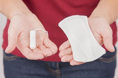 Dùng băng vệ sinh không đúng cách dễ dẫn đến vô sinh